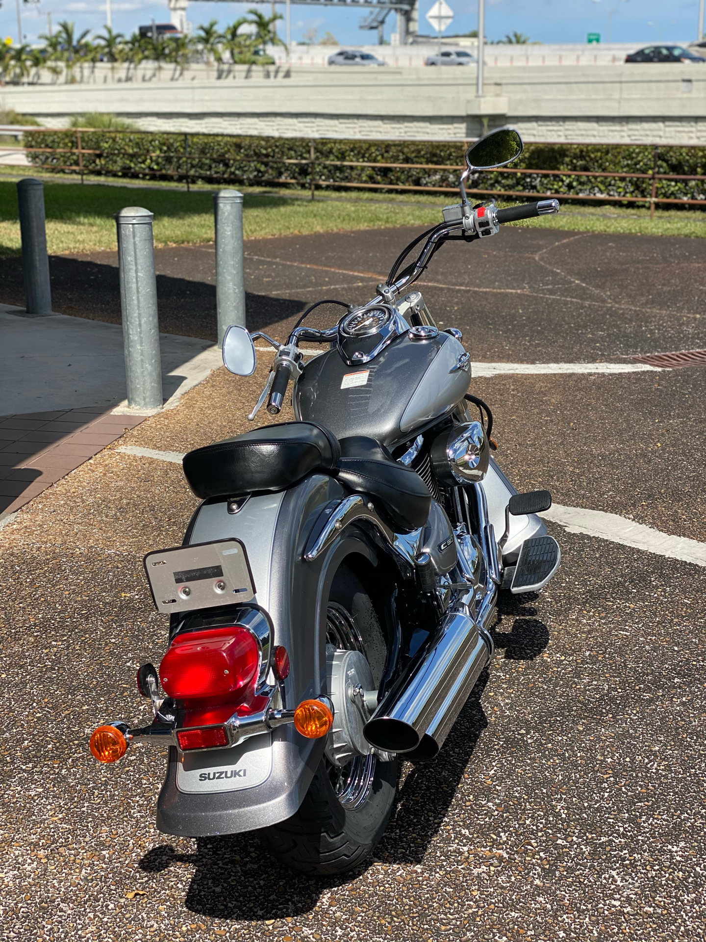 2006 Suzuki Boulevard C50 in Hialeah, Florida - Photo 3