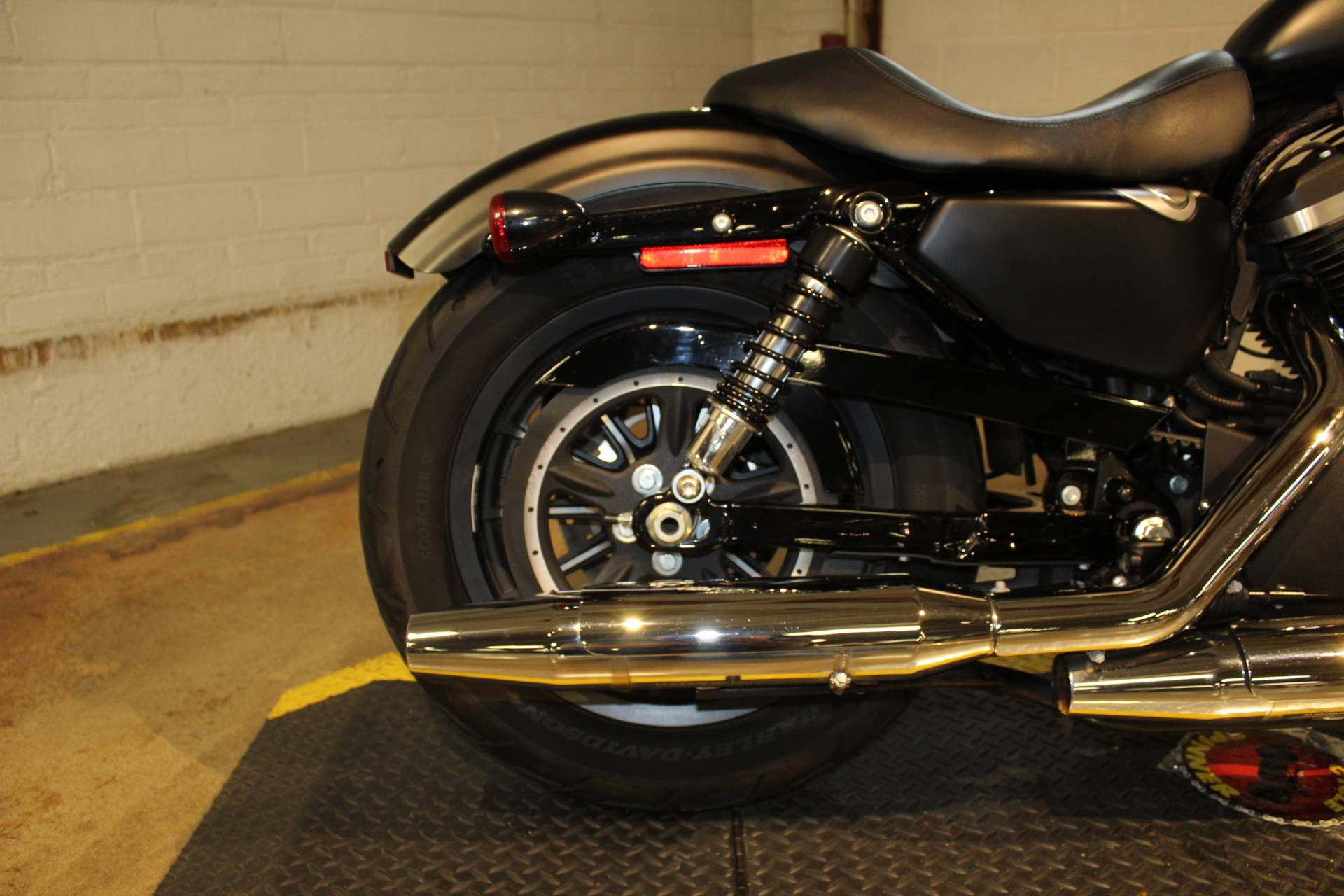 2015 Harley-Davidson Iron 883™ in New London, Connecticut - Photo 17