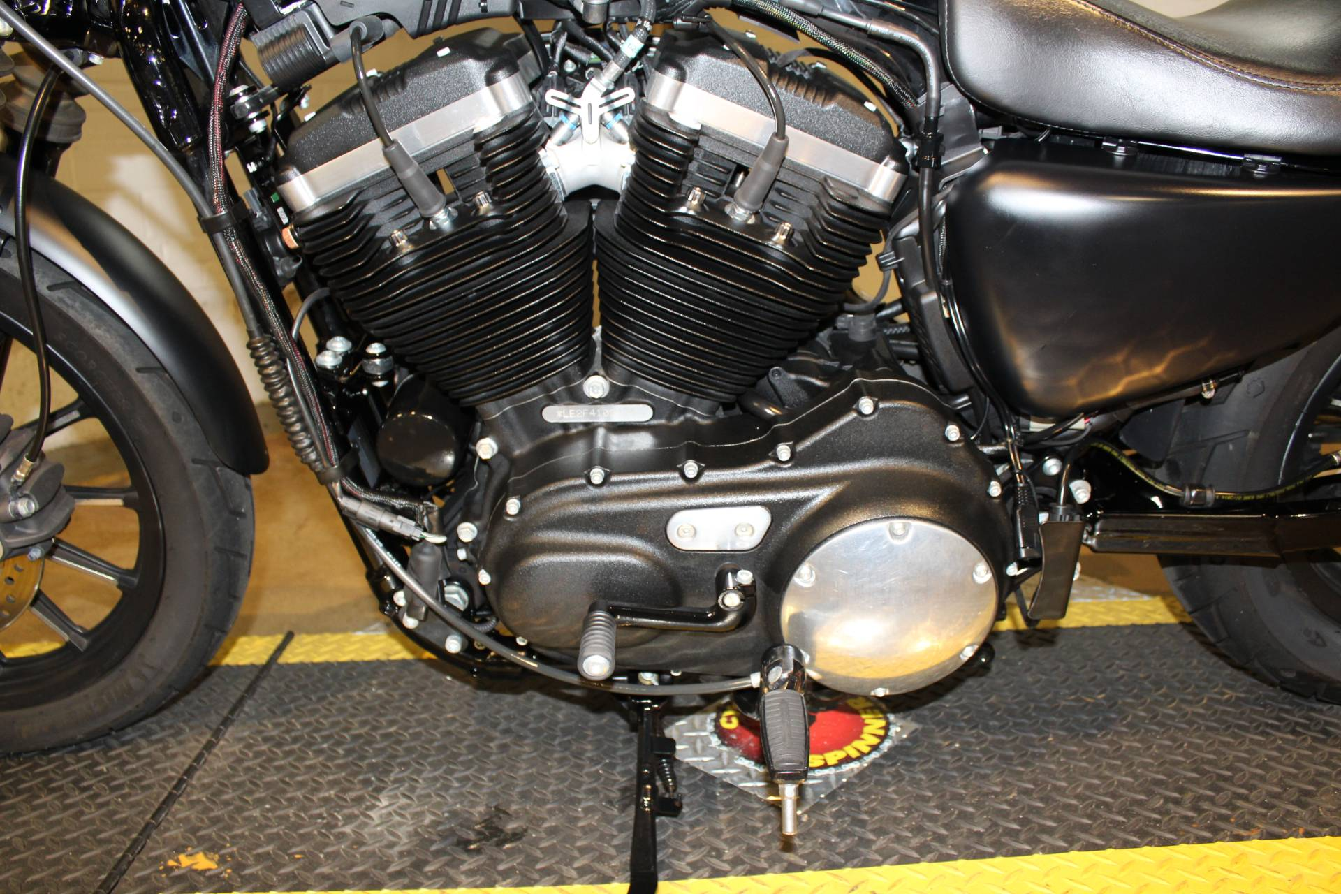 2015 Harley-Davidson Iron 883™ in New London, Connecticut - Photo 16