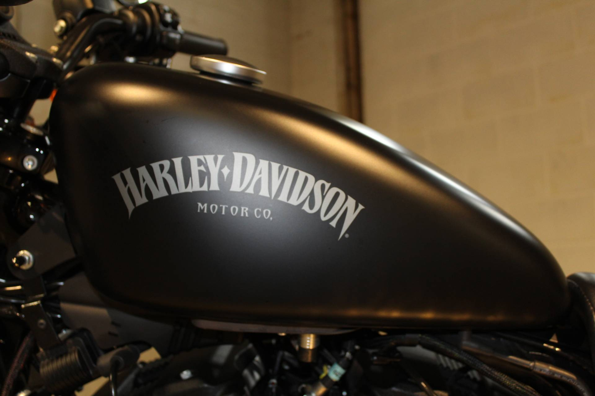 2015 Harley-Davidson Iron 883™ in New London, Connecticut - Photo 11