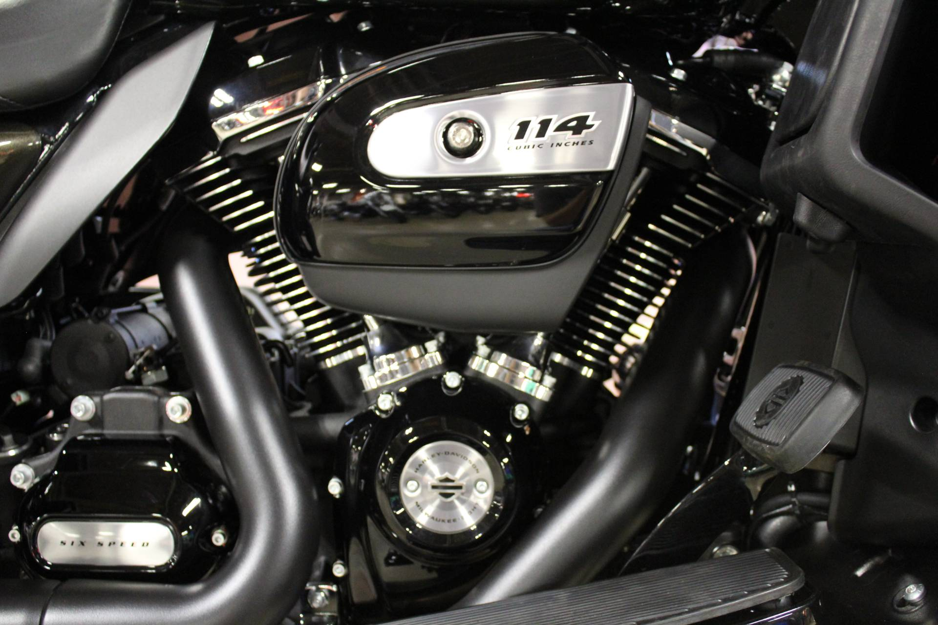 2020 Harley-Davidson Ultra Limited in New London, Connecticut - Photo 12