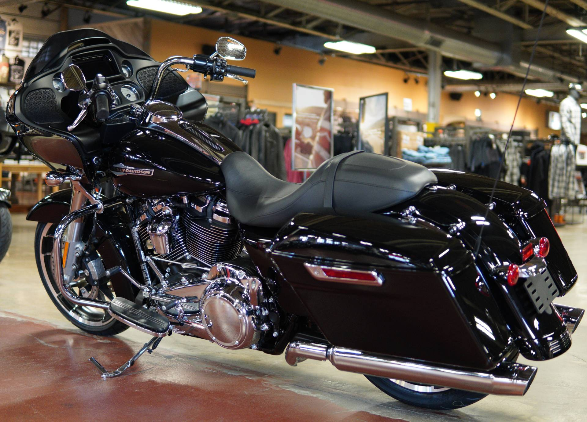 2021 Harley-Davidson Road Glide® in New London, Connecticut - Photo 6