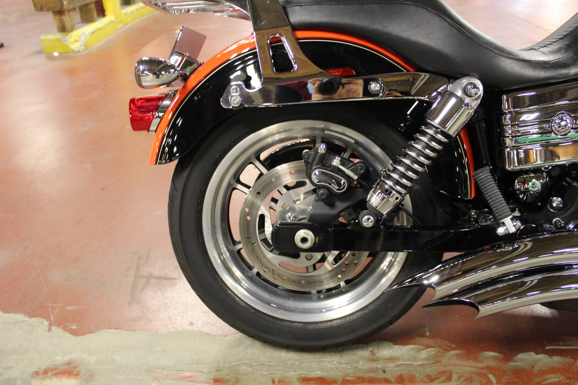 2009 Harley-Davidson Dyna® Low Rider® in New London, Connecticut - Photo 17