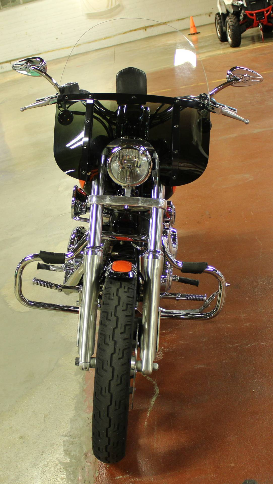 2009 Harley-Davidson Dyna® Low Rider® in New London, Connecticut - Photo 3