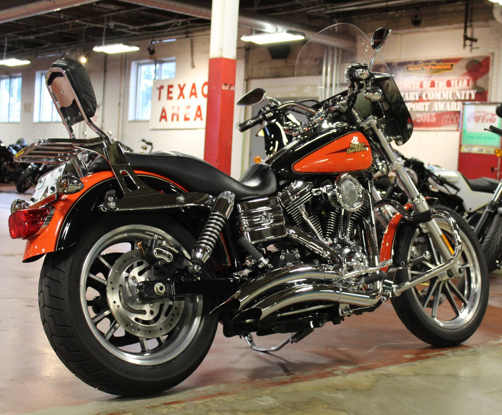 2009 Harley-Davidson Dyna® Low Rider® in New London, Connecticut - Photo 8