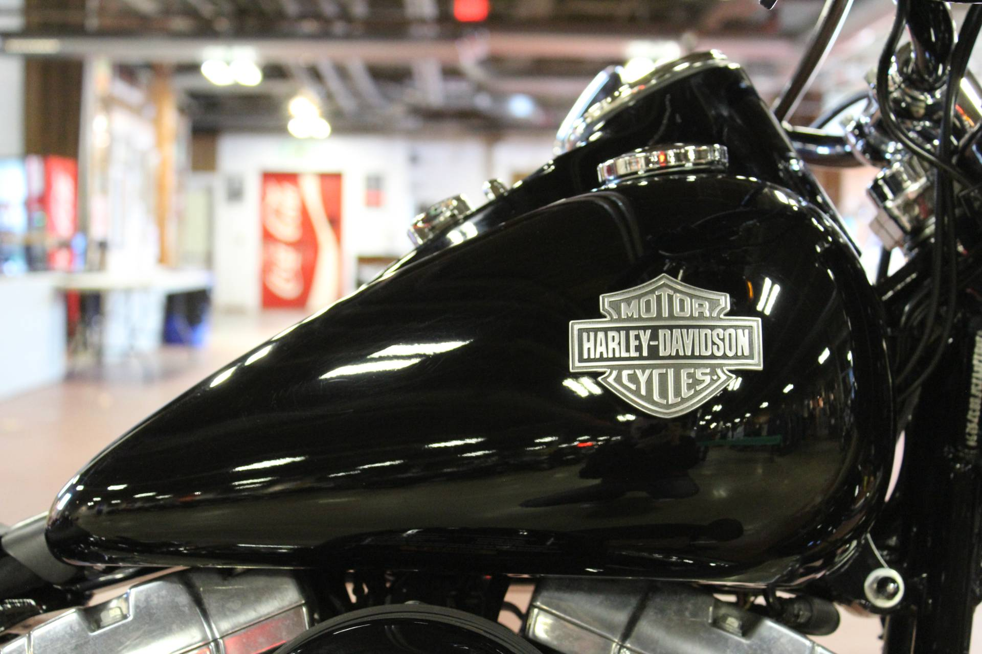 2015 Harley-Davidson Softail Slim® in New London, Connecticut - Photo 9