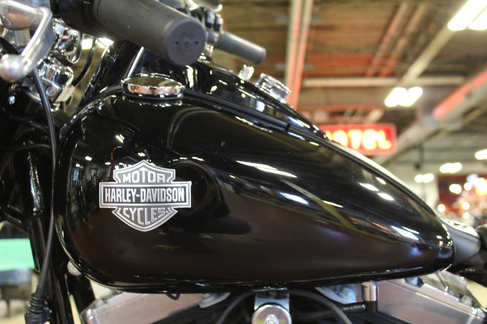 2015 Harley-Davidson Softail Slim® in New London, Connecticut - Photo 11