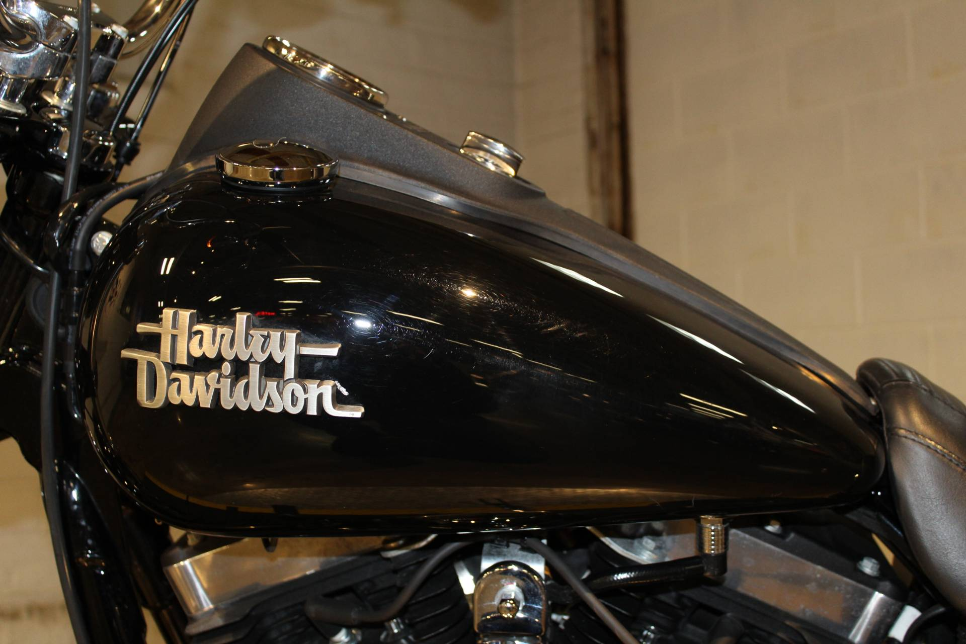 2017 Harley-Davidson Street Bob® in New London, Connecticut - Photo 11