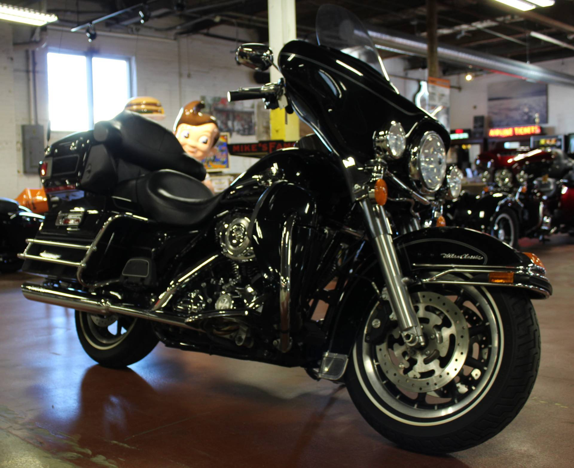 2008 Harley-Davidson Ultra Classic® Electra Glide® in New London, Connecticut - Photo 2