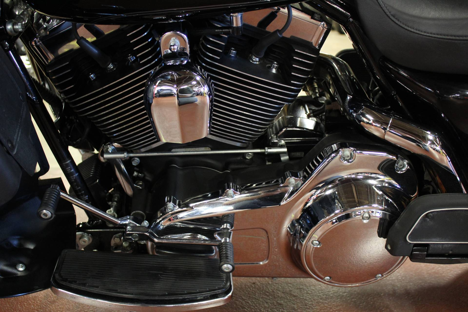 2008 Harley-Davidson Ultra Classic® Electra Glide® in New London, Connecticut - Photo 16