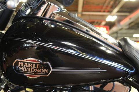 2008 Harley-Davidson Ultra Classic® Electra Glide® in New London, Connecticut - Photo 11
