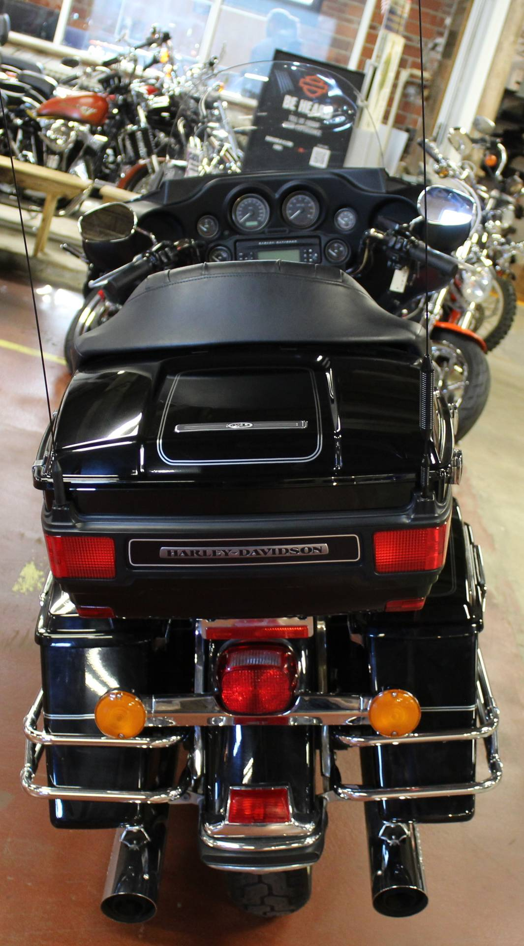 2008 Harley-Davidson Ultra Classic® Electra Glide® in New London, Connecticut - Photo 7