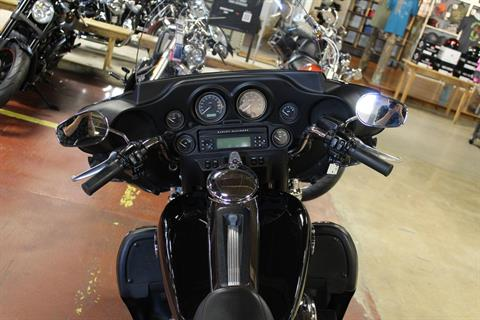 2008 Harley-Davidson Ultra Classic® Electra Glide® in New London, Connecticut - Photo 10