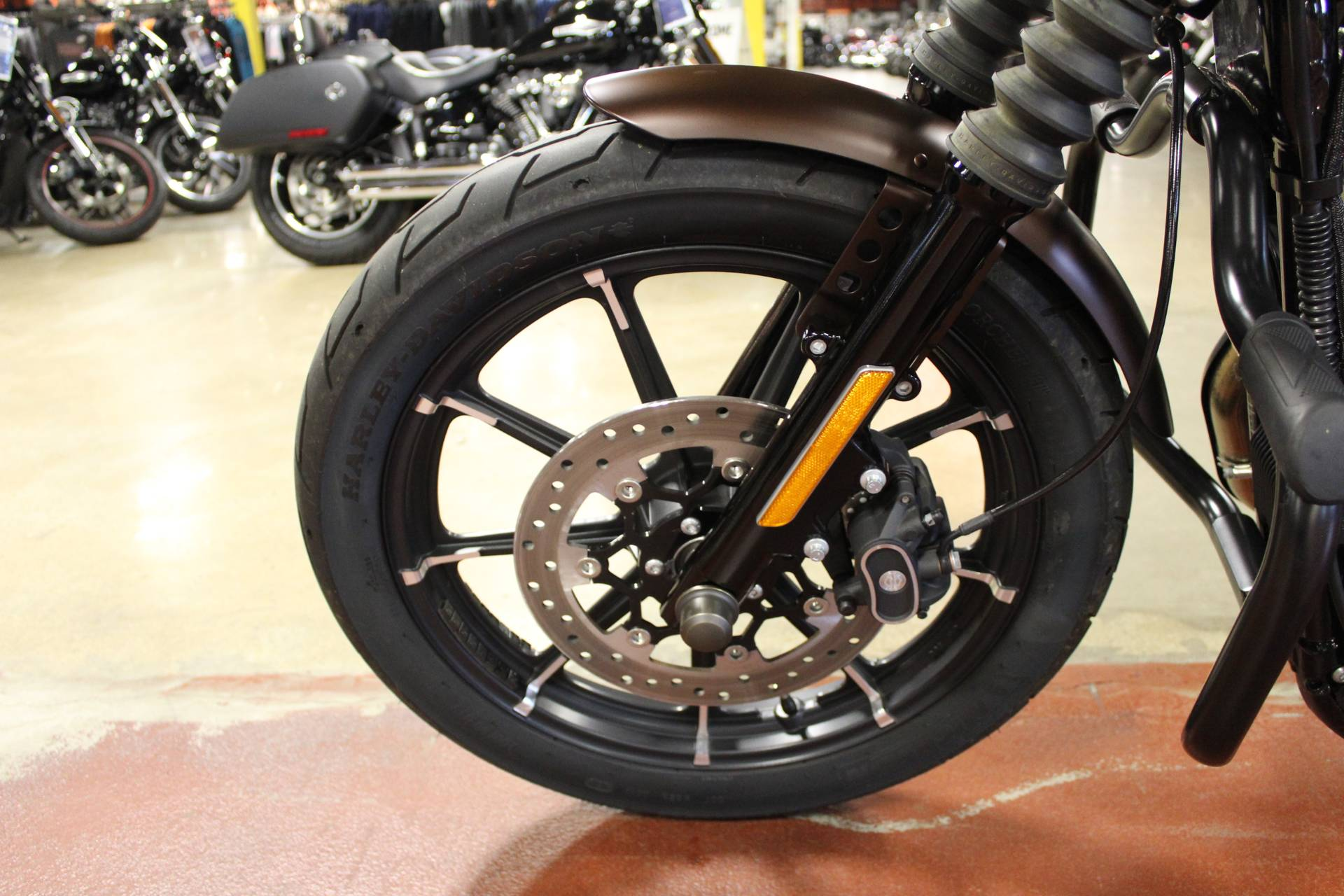 2019 Harley-Davidson Iron 883™ in New London, Connecticut - Photo 21
