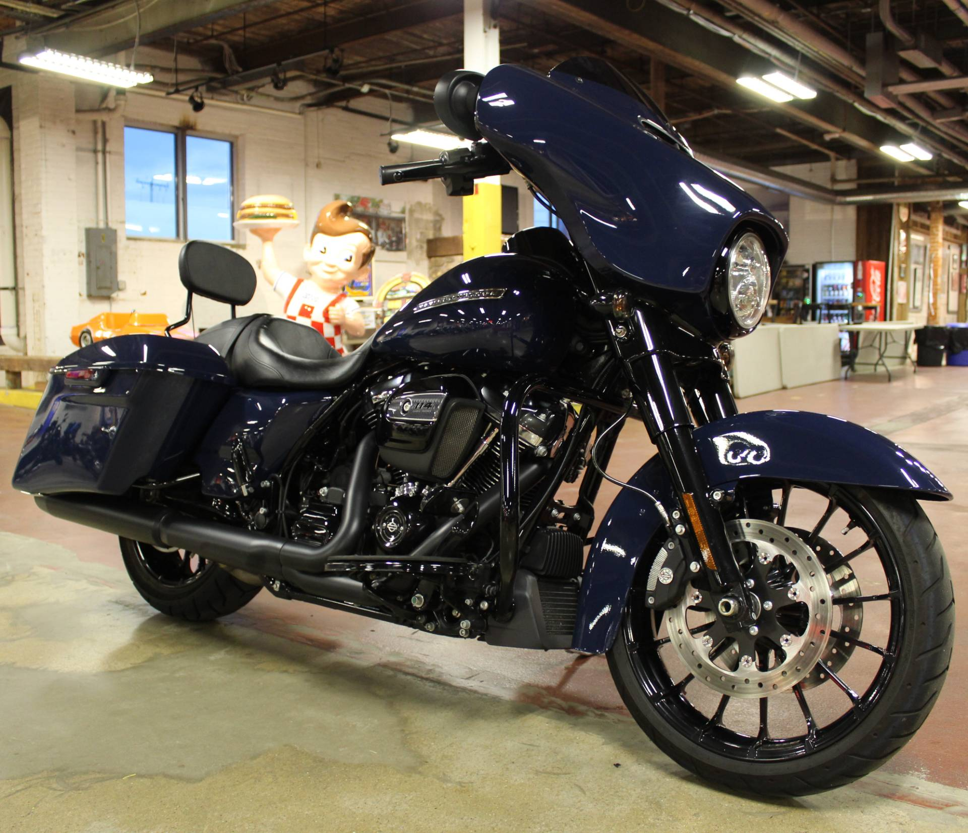 2019 Harley-Davidson Street Glide® Special in New London, Connecticut - Photo 2