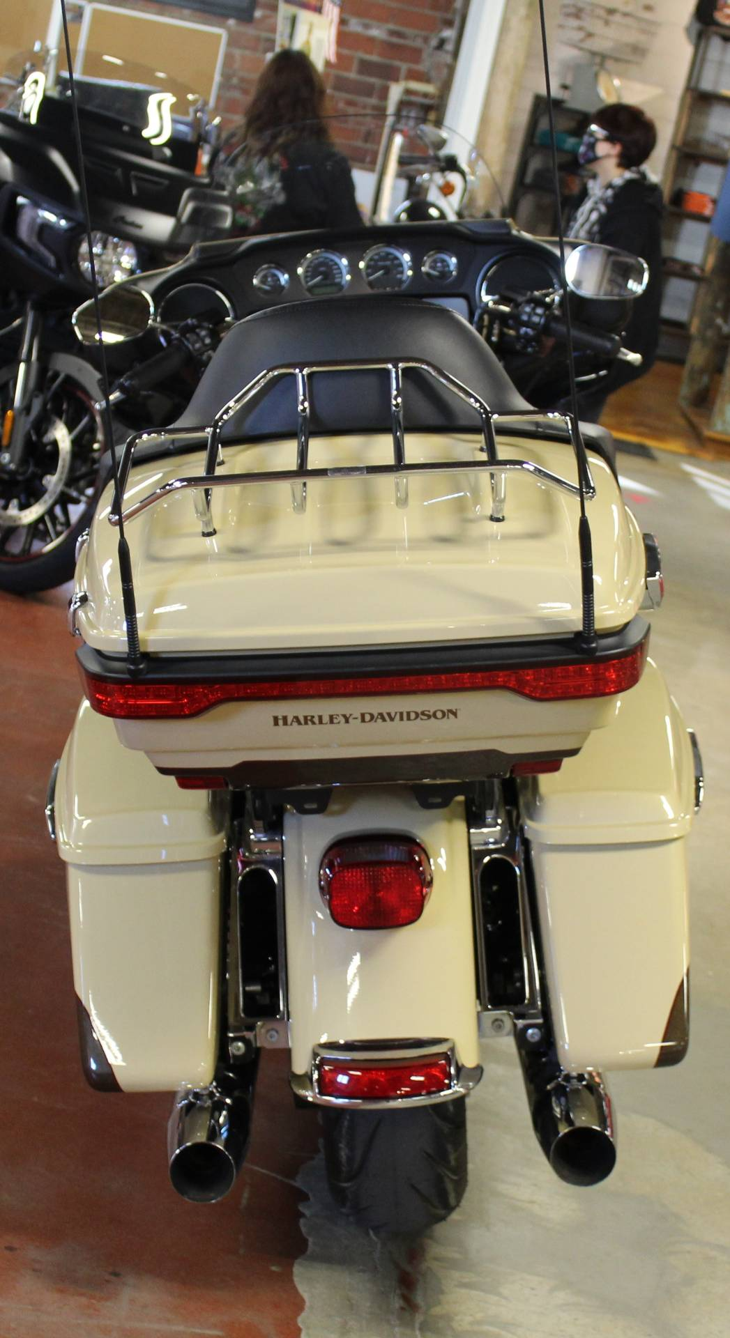 2014 Harley-Davidson Ultra Limited in New London, Connecticut - Photo 7