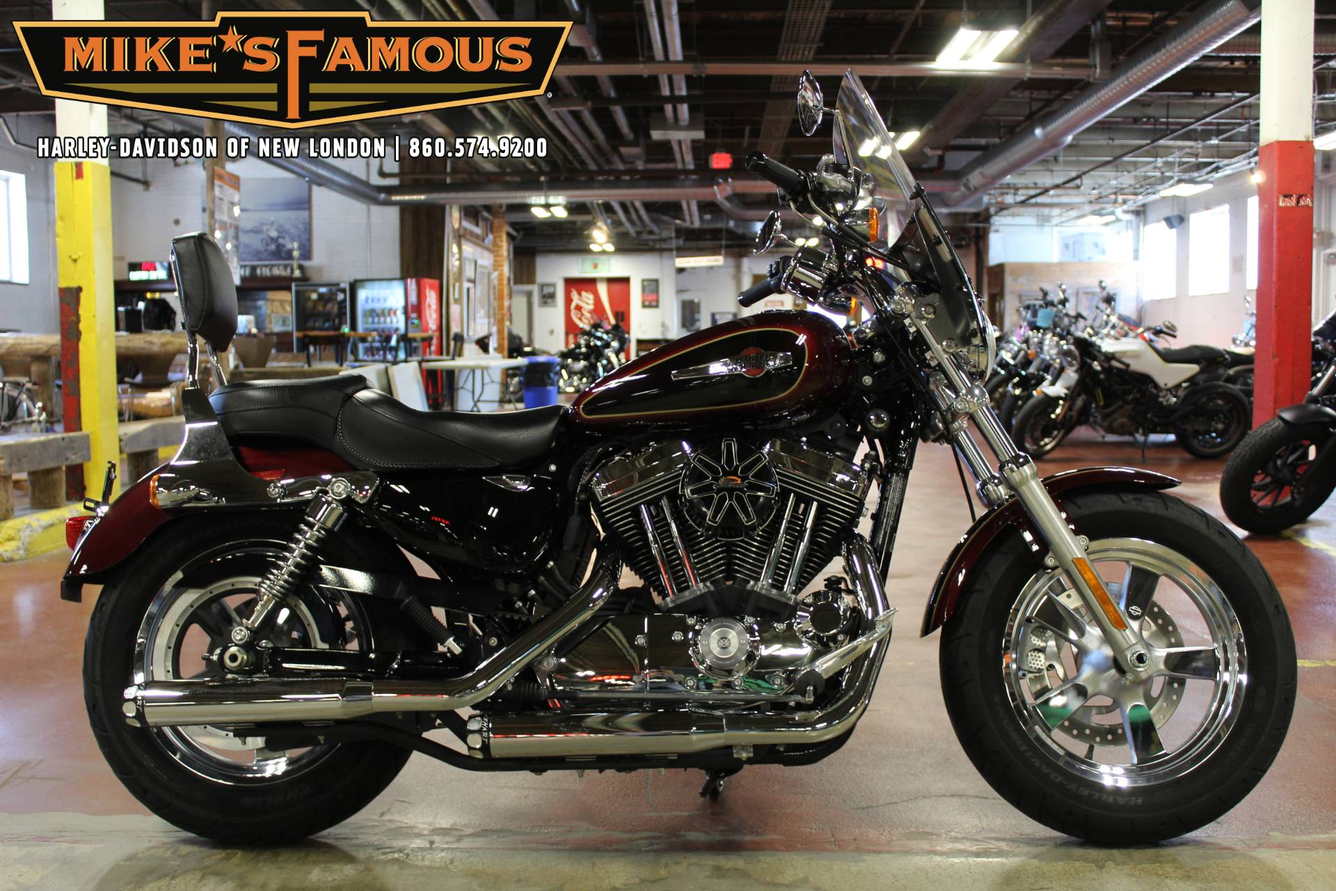 2015 Harley-Davidson 1200 Custom in New London, Connecticut - Photo 1