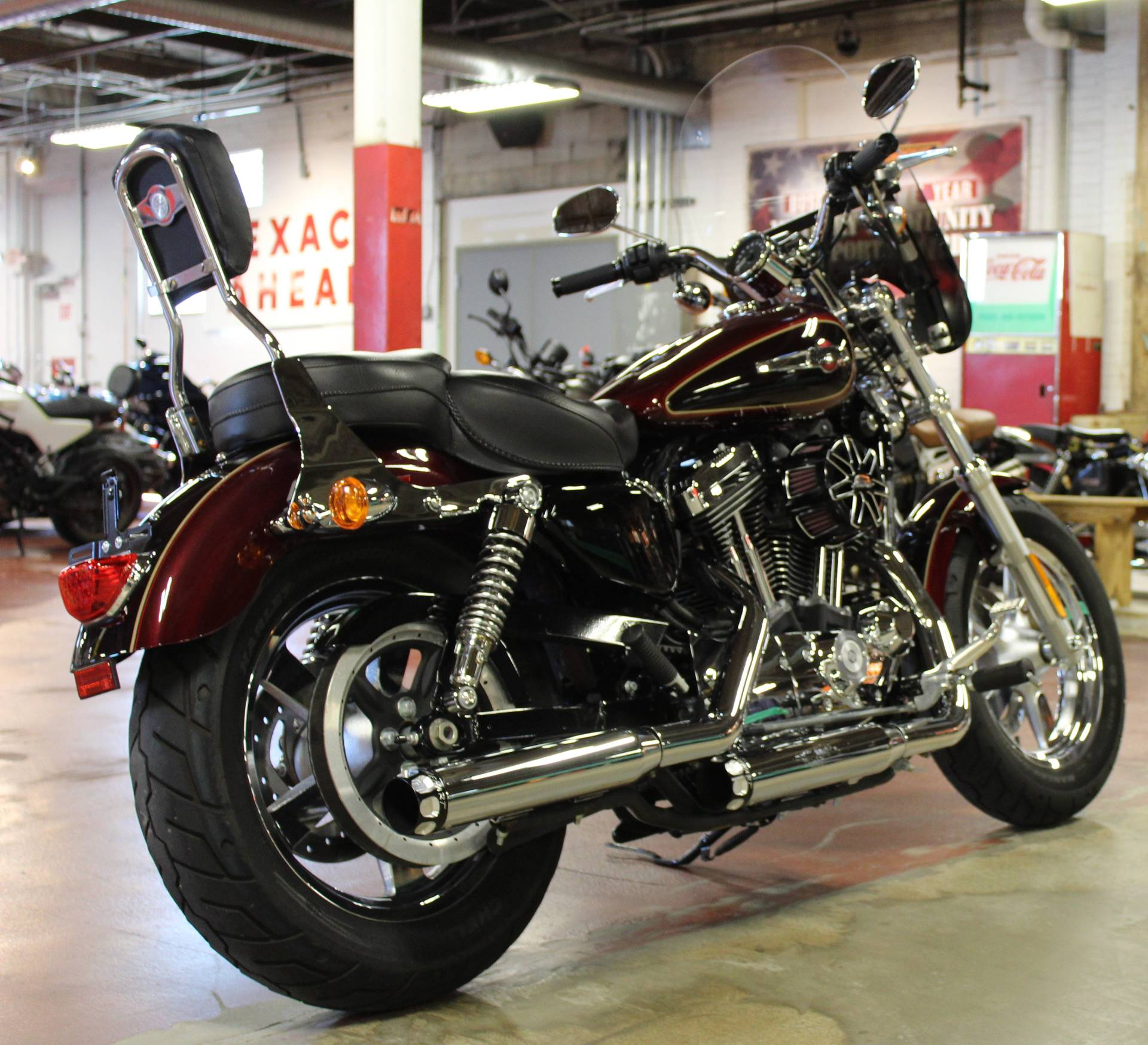 2015 Harley-Davidson 1200 Custom in New London, Connecticut - Photo 8