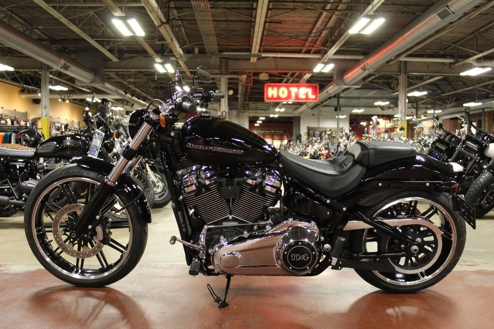 2019 Harley-Davidson Breakout® 114 in New London, Connecticut - Photo 4