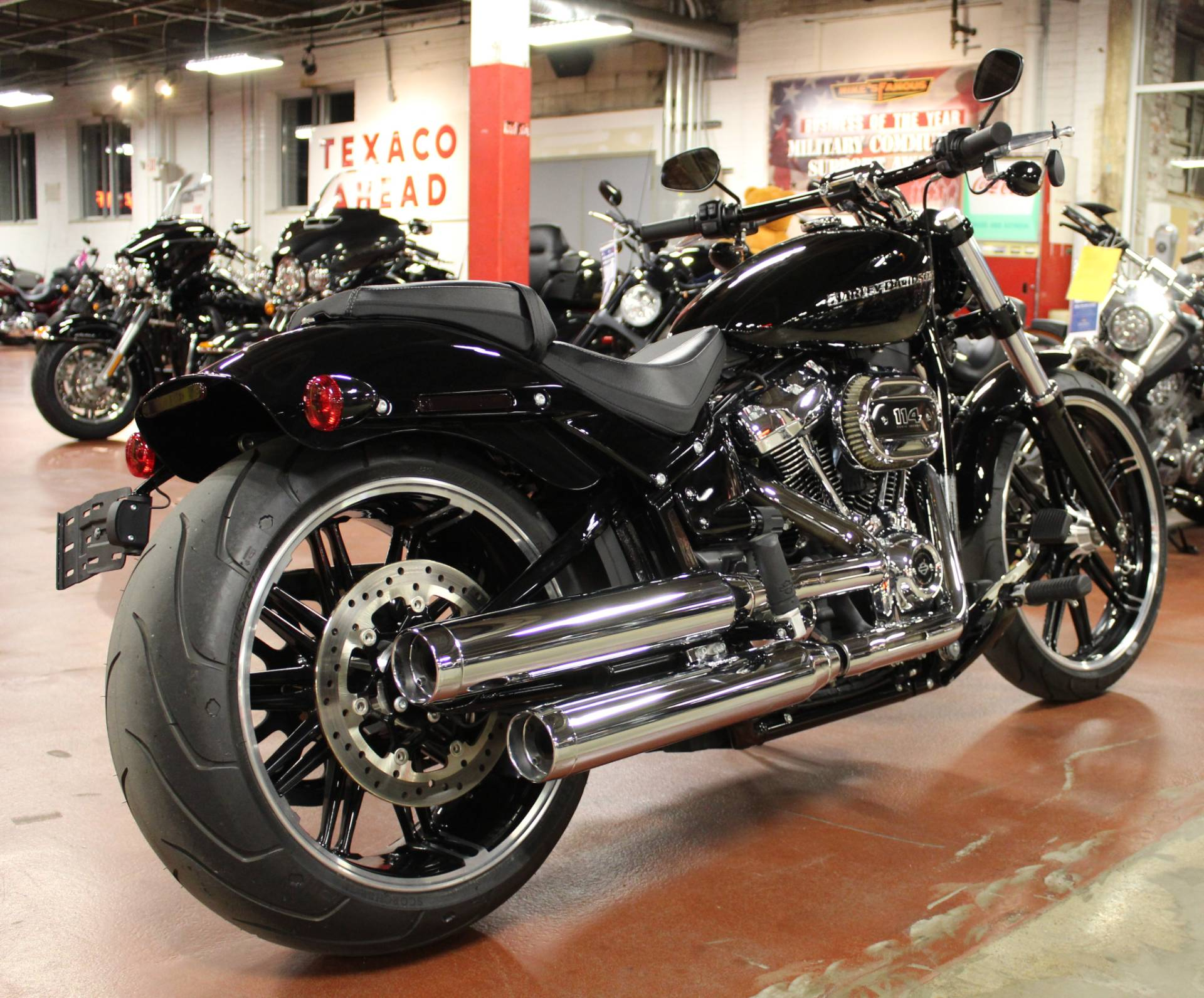 2019 Harley-Davidson Breakout® 114 in New London, Connecticut - Photo 7