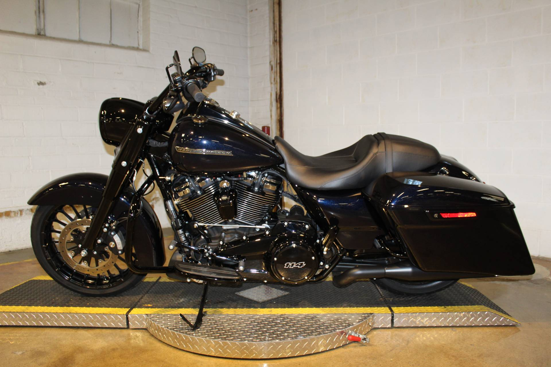 2019 Harley-Davidson Road King® Special in New London, Connecticut - Photo 4