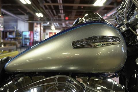2009 Harley-Davidson Dyna® Super Glide® Custom in New London, Connecticut - Photo 9