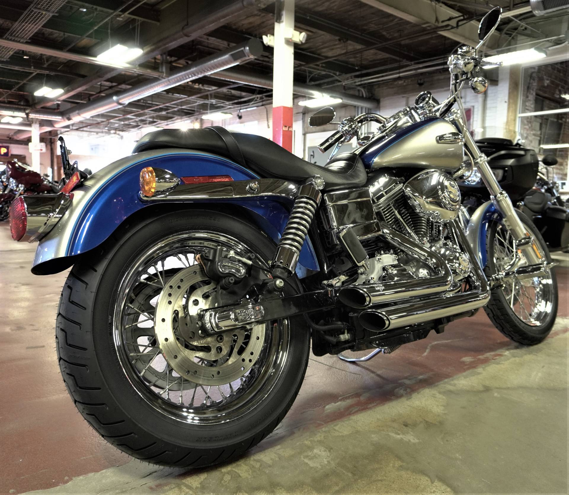 2009 Harley-Davidson Dyna® Super Glide® Custom in New London, Connecticut - Photo 8