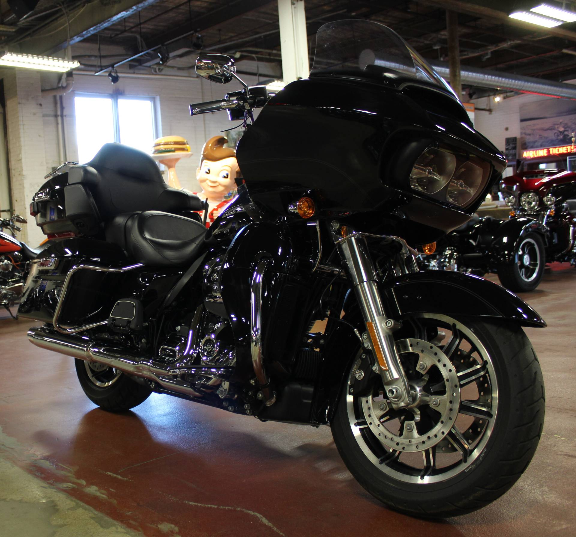 2019 Harley-Davidson Road Glide® Ultra in New London, Connecticut - Photo 2