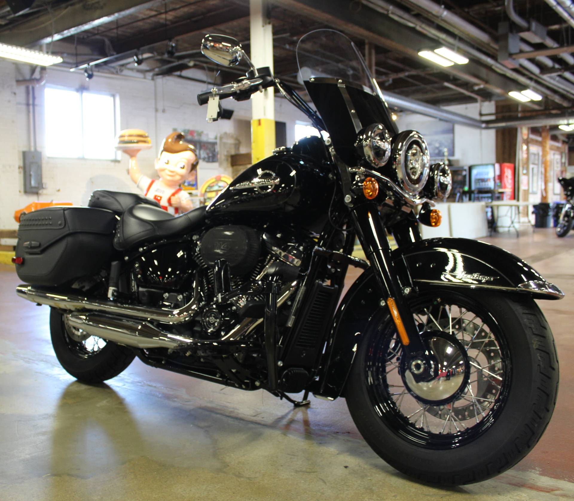 2019 Harley-Davidson Heritage Classic 114 in New London, Connecticut - Photo 2