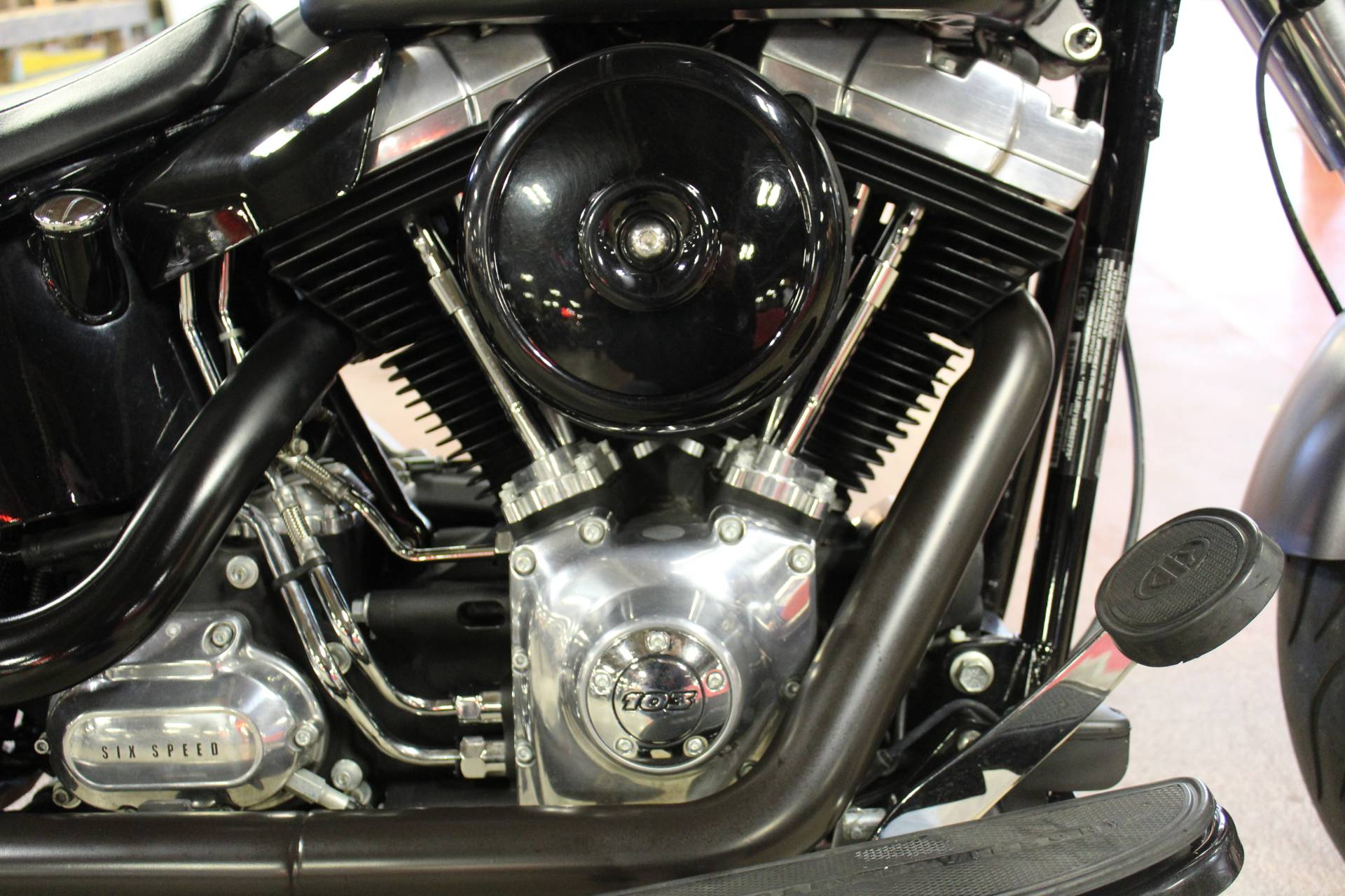 2015 Harley-Davidson Softail Slim® in New London, Connecticut - Photo 15