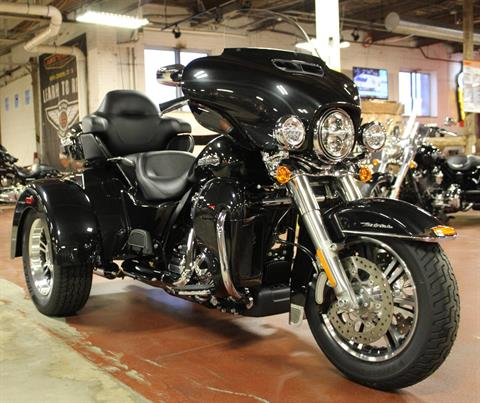 2018 Harley-Davidson Tri Glide® Ultra in New London, Connecticut - Photo 2