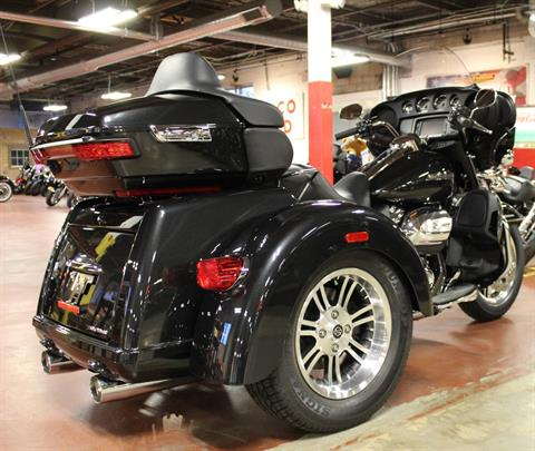 2018 Harley-Davidson Tri Glide® Ultra in New London, Connecticut - Photo 8