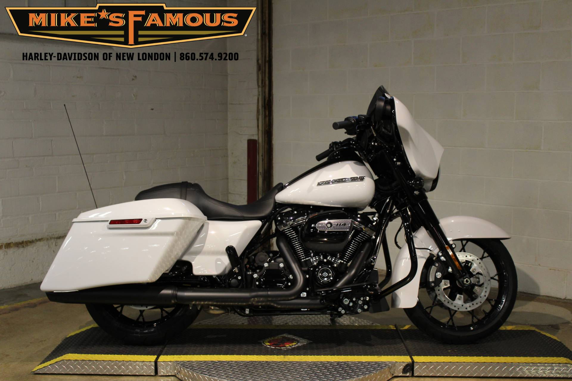 2020 Harley-Davidson Street Glide® Special in New London, Connecticut - Photo 1