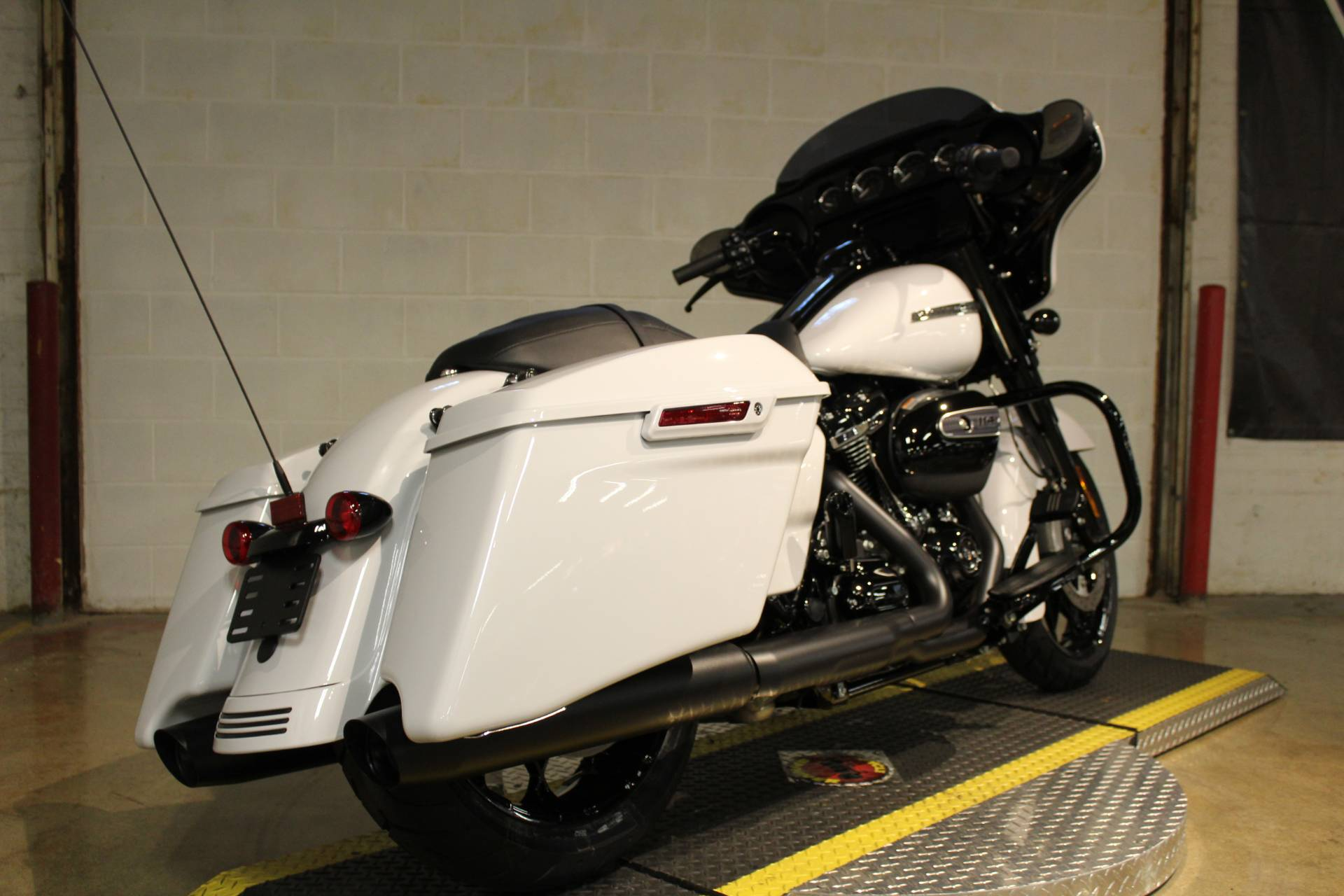 2020 Harley-Davidson Street Glide® Special in New London, Connecticut - Photo 2