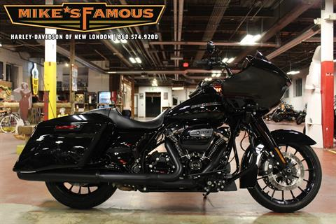2019 Harley-Davidson Road Glide® Special in New London, Connecticut - Photo 1