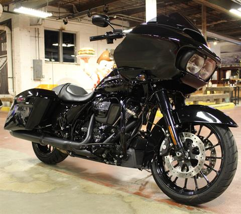 2019 Harley-Davidson Road Glide® Special in New London, Connecticut - Photo 2