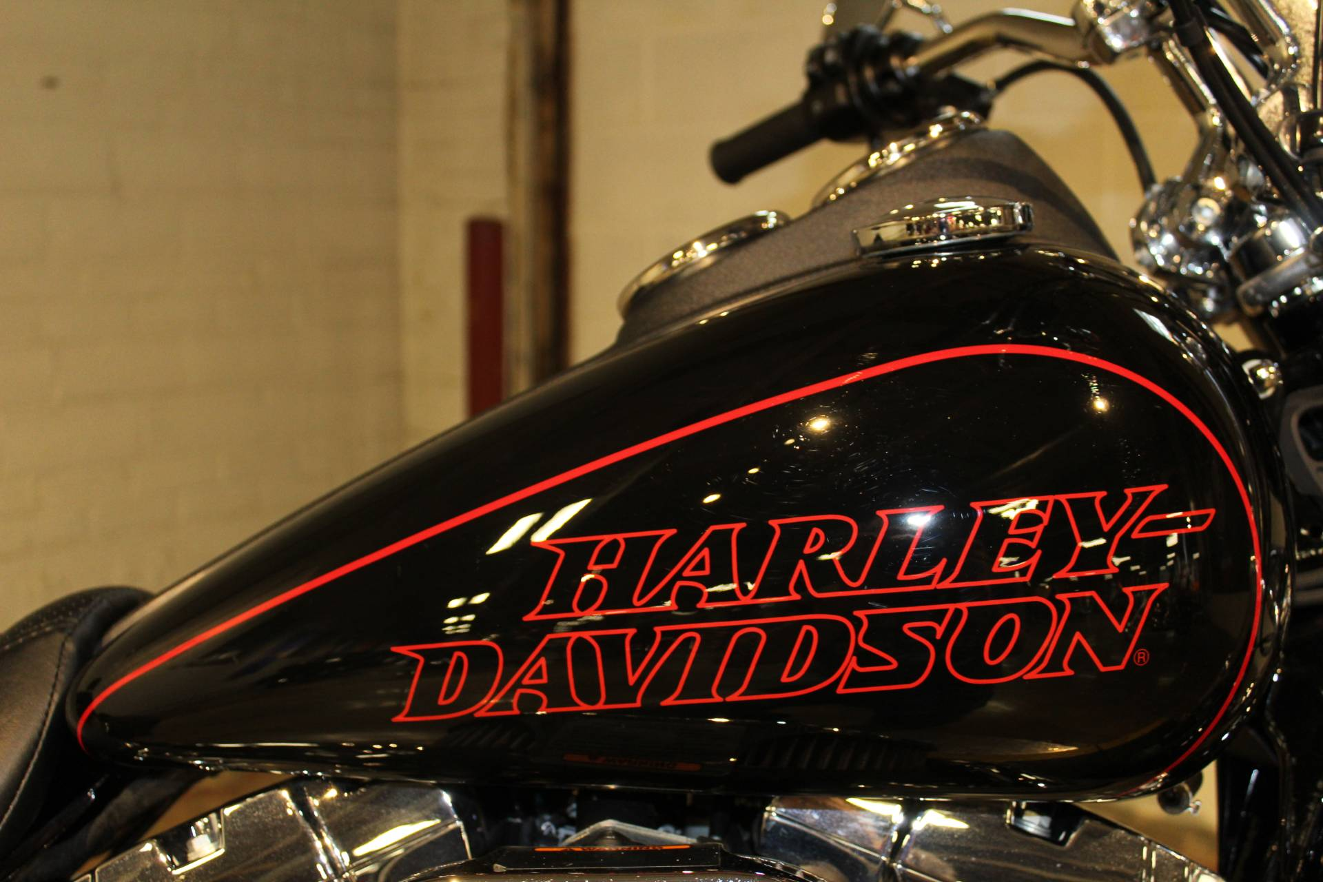 2017 Harley-Davidson Low Rider® in New London, Connecticut - Photo 9
