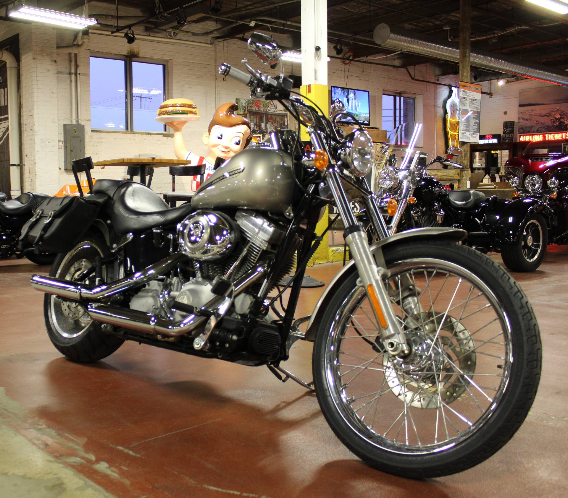 2007 Harley-Davidson FXSTC Softail® Custom in New London, Connecticut - Photo 2