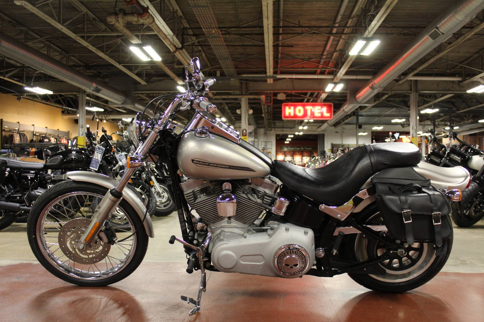 2007 Harley-Davidson FXSTC Softail® Custom in New London, Connecticut - Photo 5