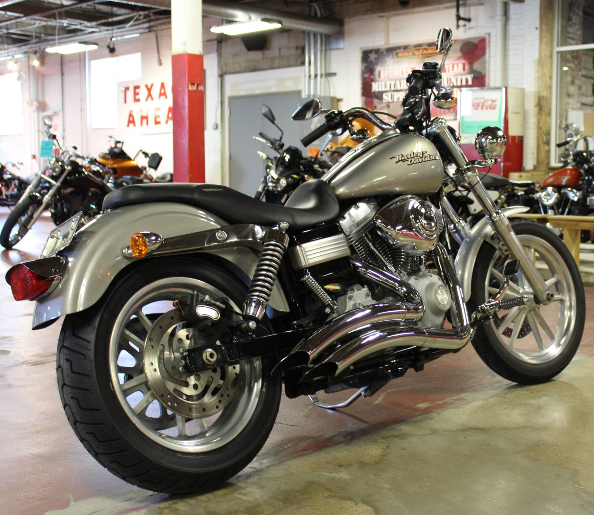 2008 Harley-Davidson Dyna® Super Glide® in New London, Connecticut - Photo 8