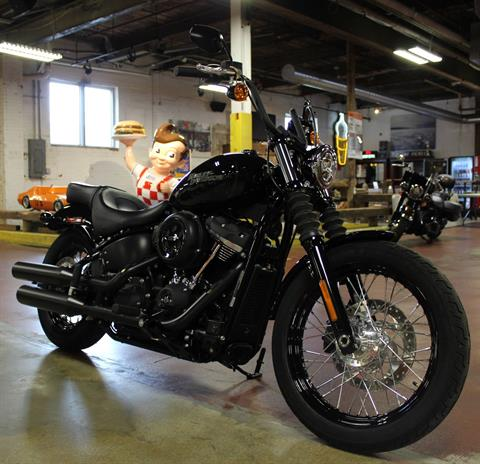 2019 Harley-Davidson Street Bob® in New London, Connecticut - Photo 2