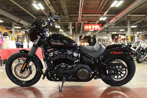 2018 Harley-Davidson Street Bob® 107 in New London, Connecticut - Photo 6