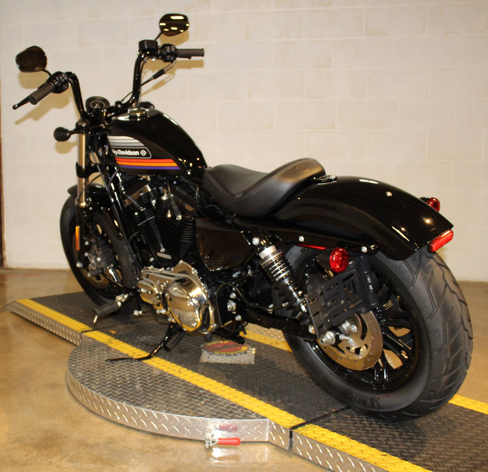 2018 Harley-Davidson Forty-Eight® Special in New London, Connecticut - Photo 4