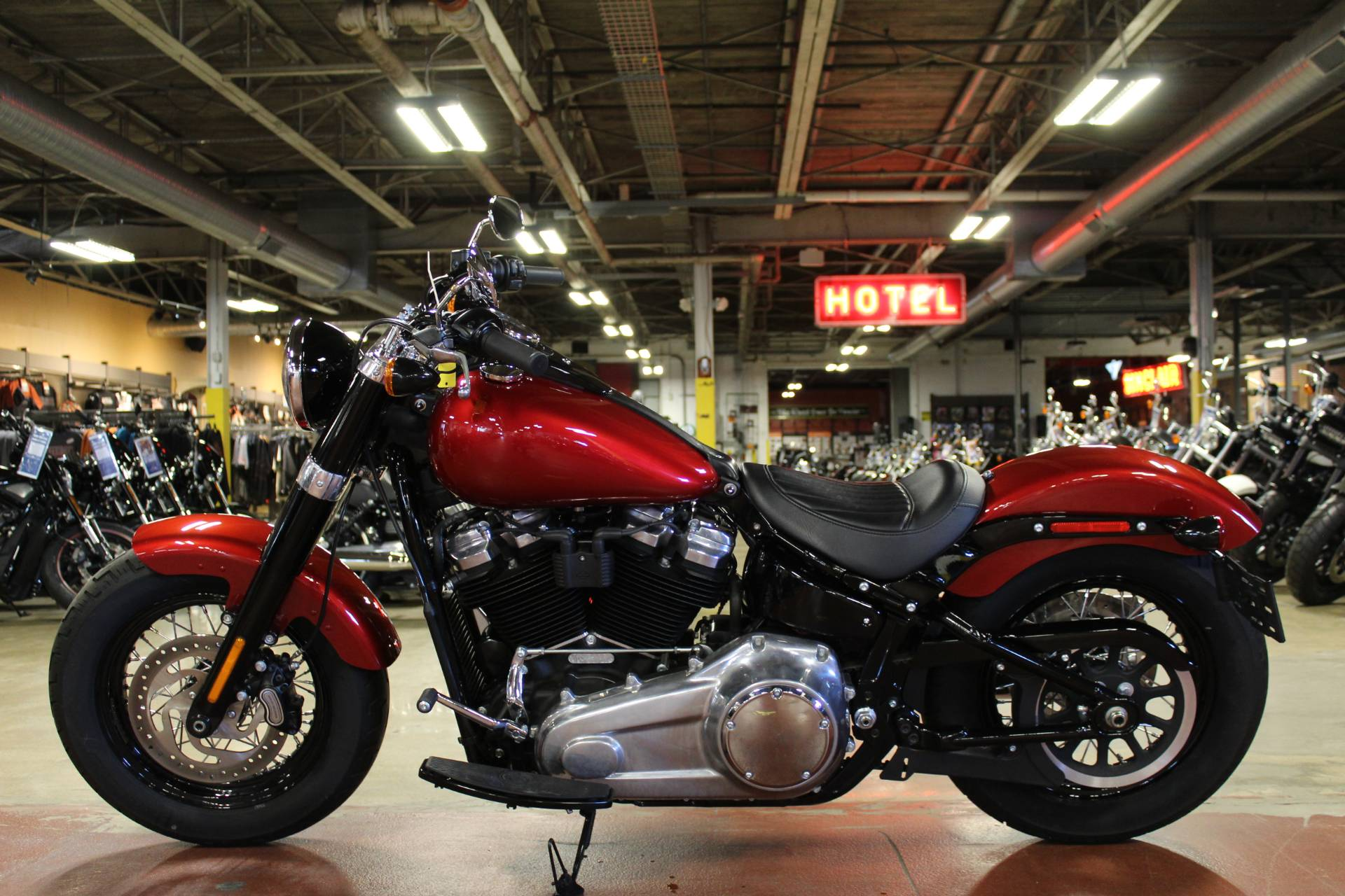2018 Harley-Davidson Softail Slim® 107 in New London, Connecticut - Photo 5
