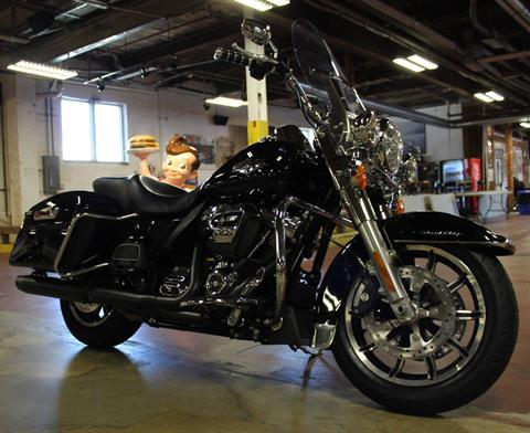 2018 Harley-Davidson Road King® in New London, Connecticut - Photo 2