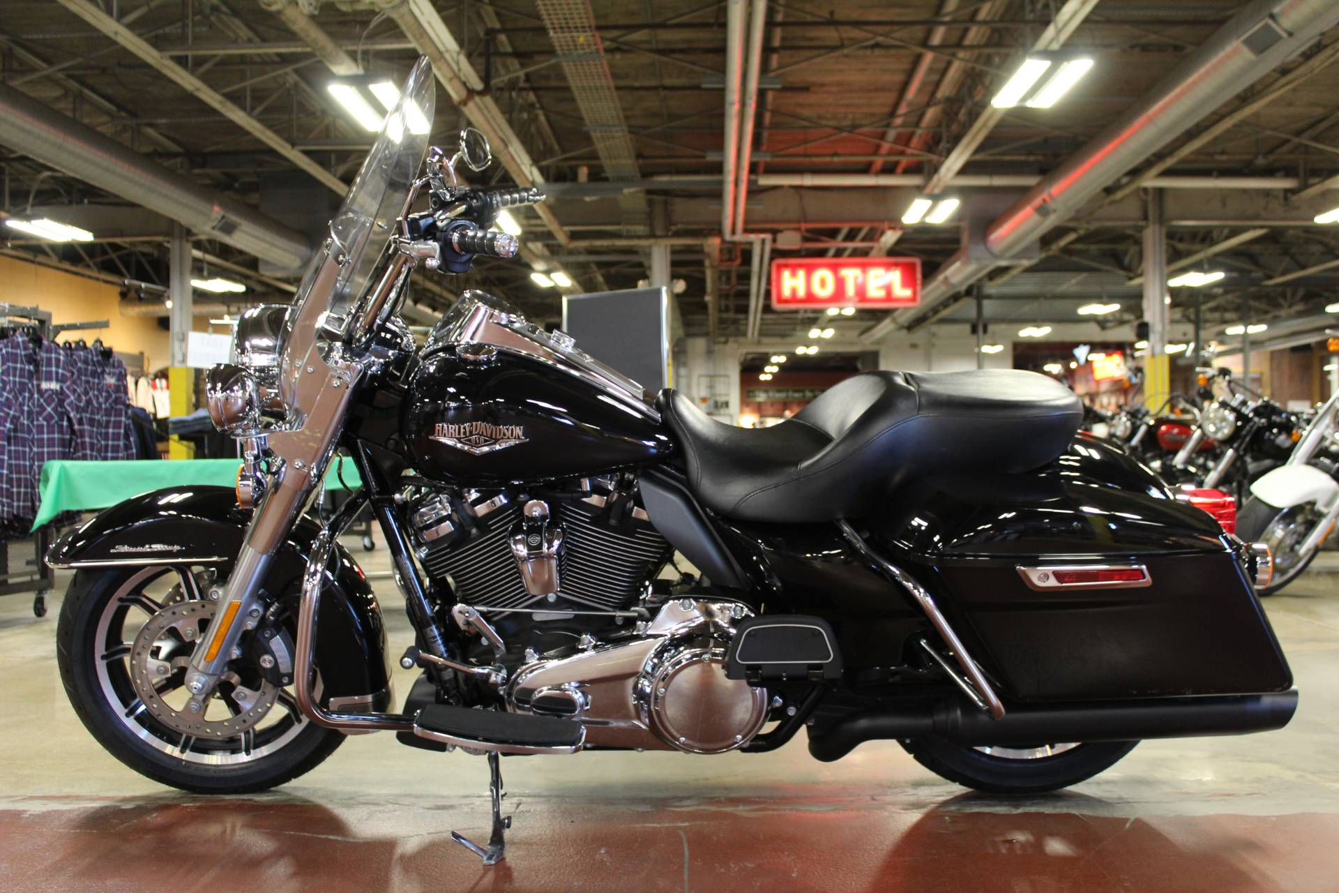 2018 Harley-Davidson Road King® in New London, Connecticut - Photo 5