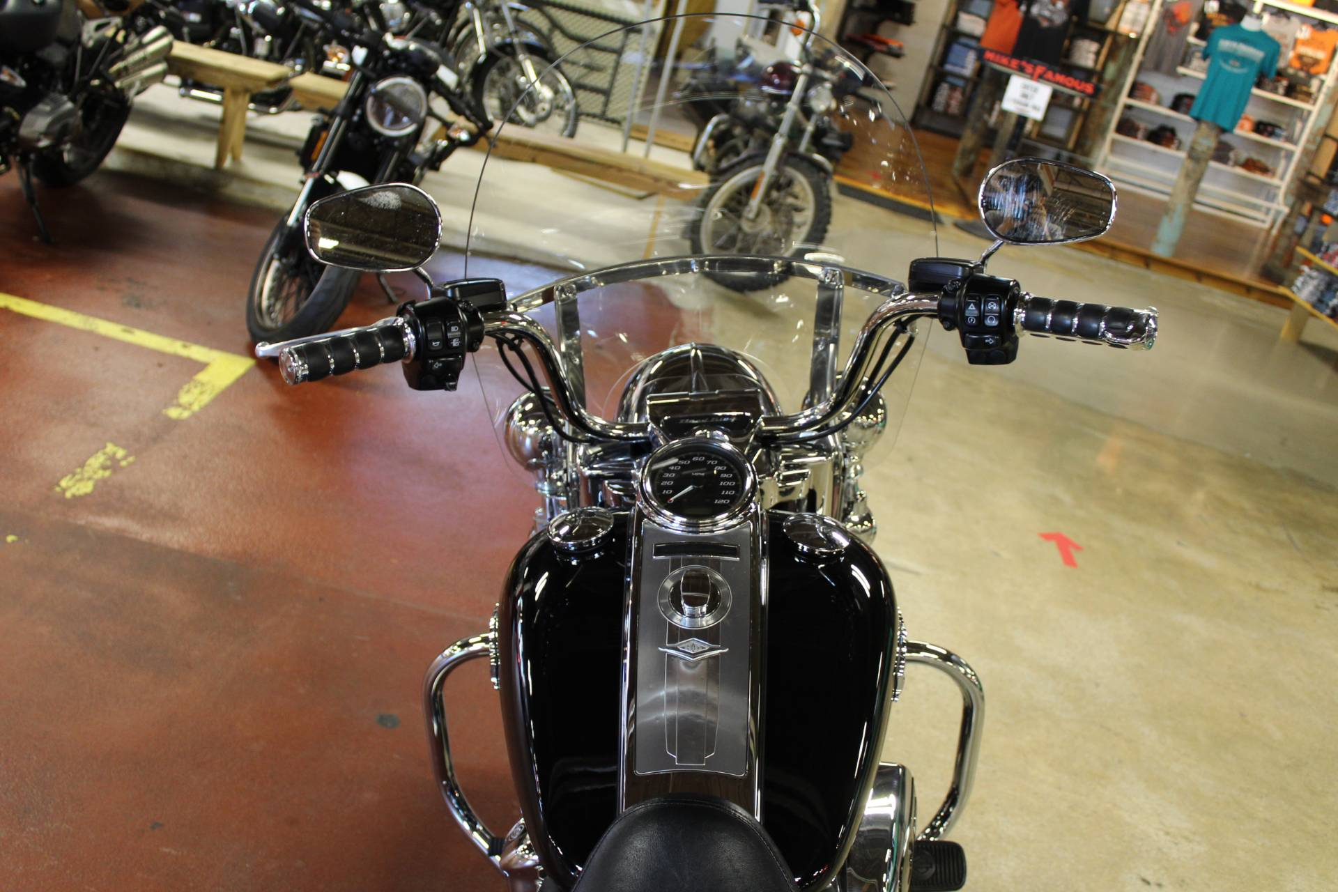 2018 Harley-Davidson Road King® in New London, Connecticut - Photo 10