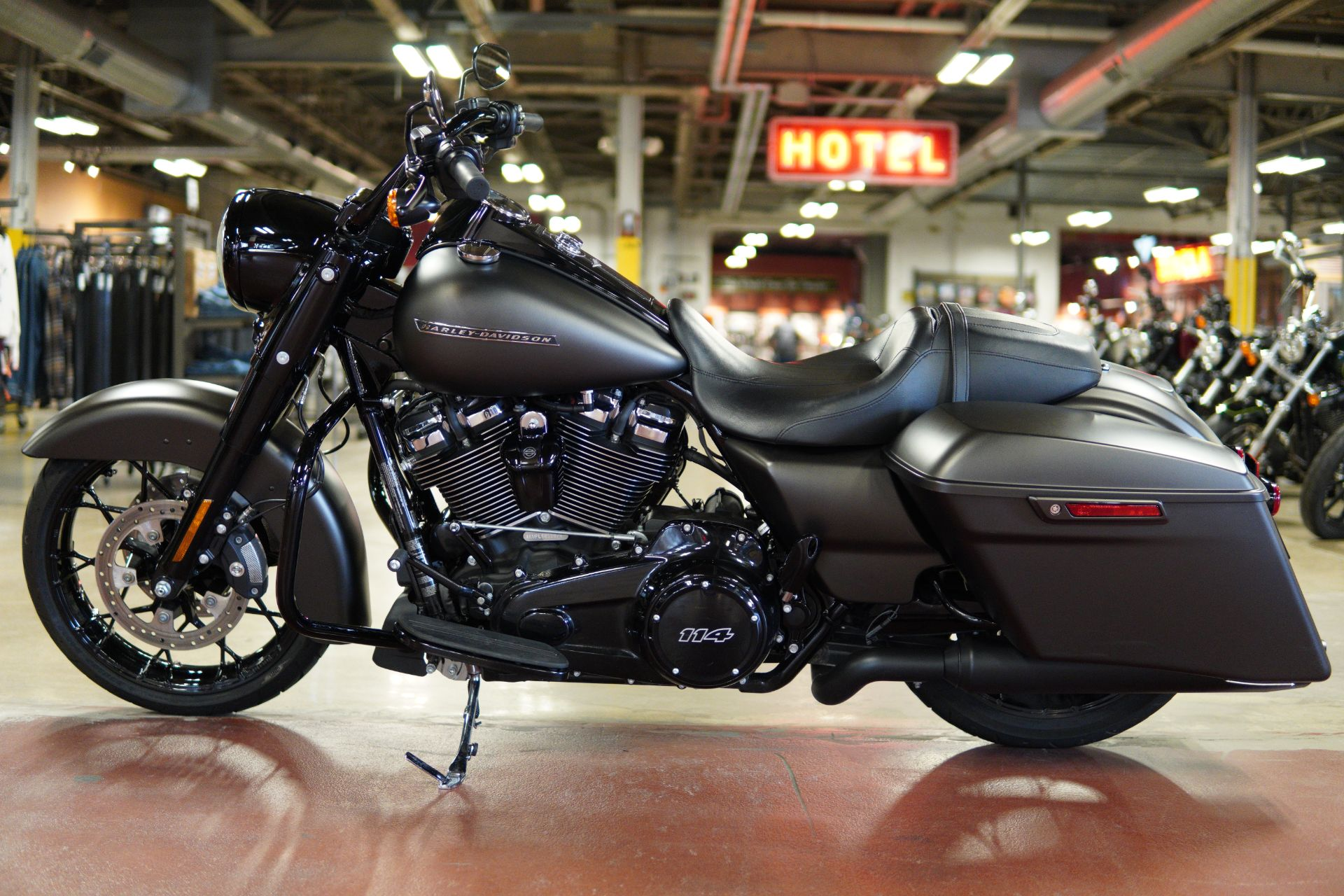 2020 Harley-Davidson Road King® Special in New London, Connecticut - Photo 5