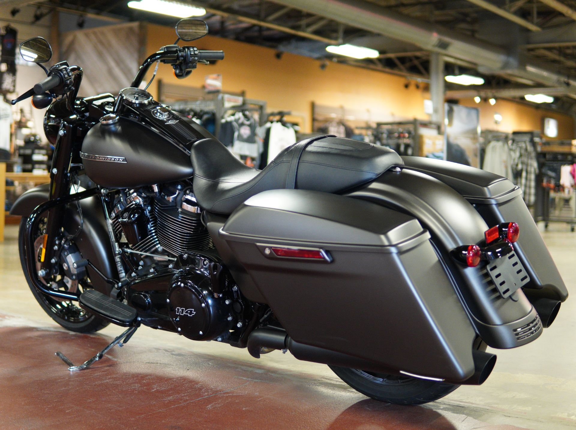 2020 Harley-Davidson Road King® Special in New London, Connecticut - Photo 6