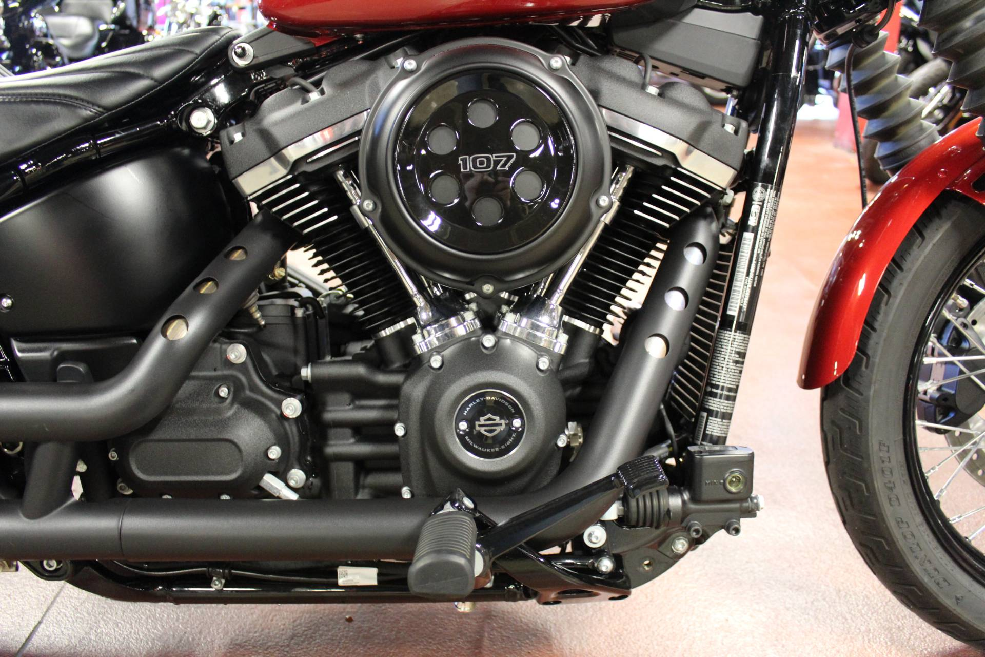2018 Harley-Davidson Street Bob® 107 in New London, Connecticut - Photo 15
